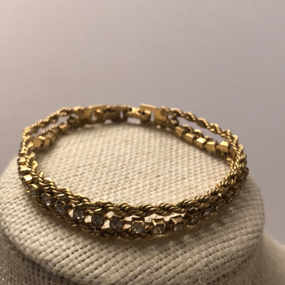 Vintage gold plated rope chain bracelet w crystal